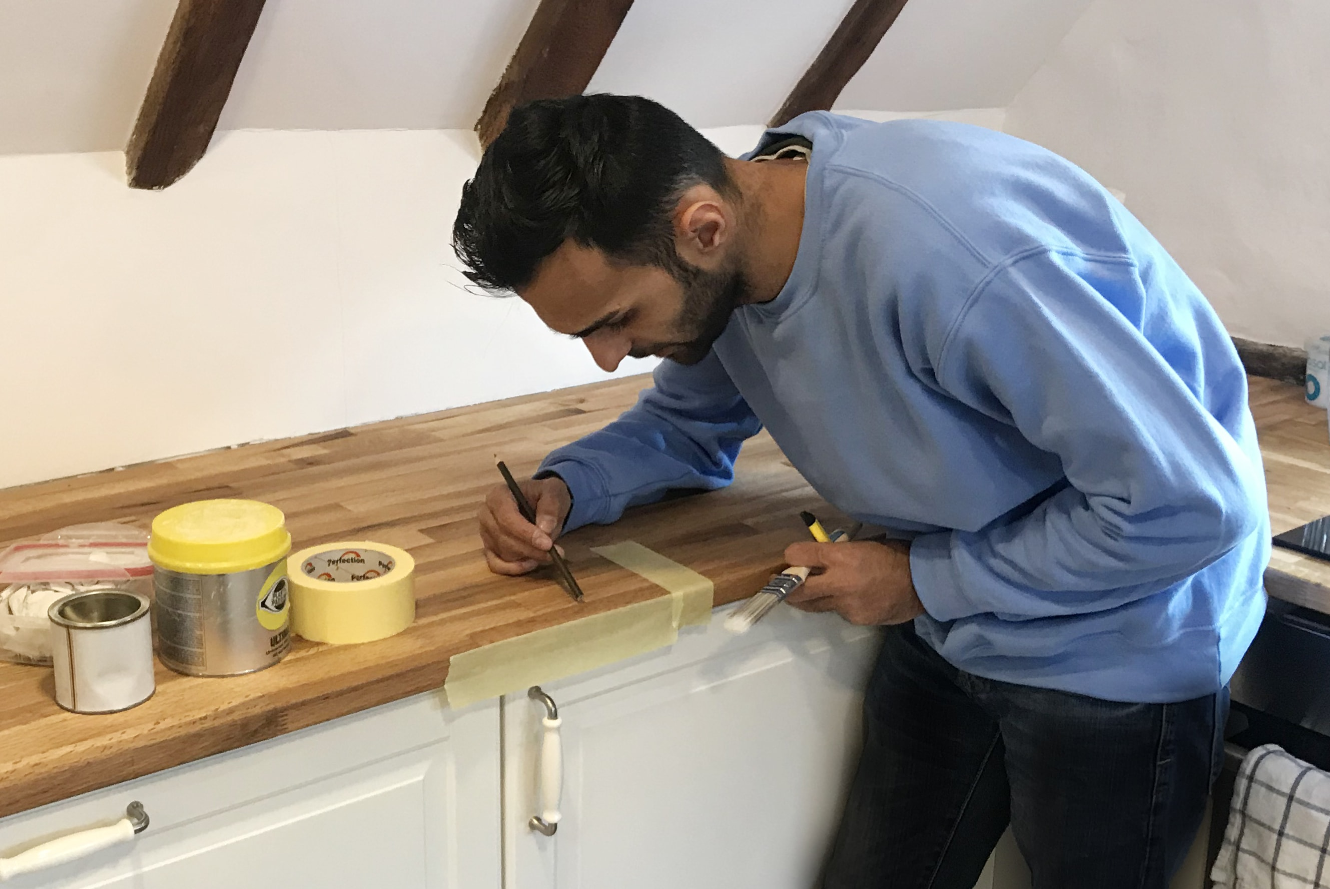 Panel Resurfacing Horsted Keynes | Chipped Worktop Horsted Keynes